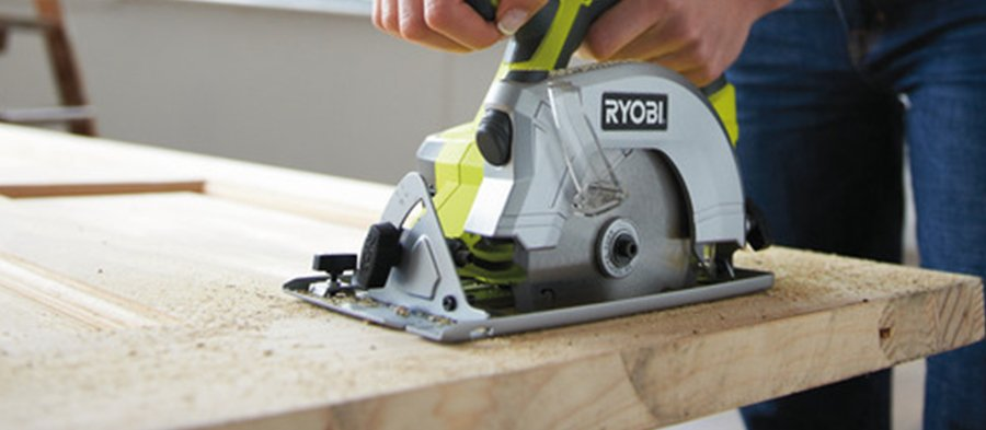 How to use a circular saw circular saw safety help advice sgs how to use a circular saw safely and correctly keyboard keysfo Image collections