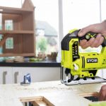 How to Use a Jigsaw Safely & Correctly