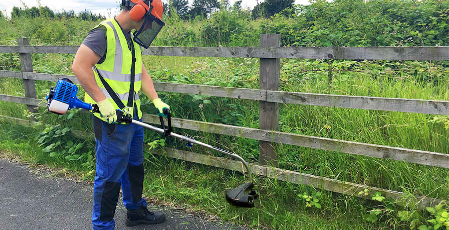How To Use Your Grass Strimmer Trimmer The Ultimate How