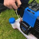 How to Start a Strimmer Safely and Correctly