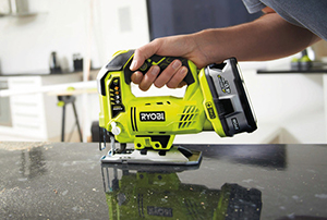 cordless power saw