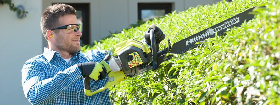 hedge trimmer buyers guide